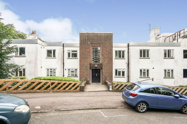 2 bed flat for sale in The Woodlands, Crystal Palace SE19