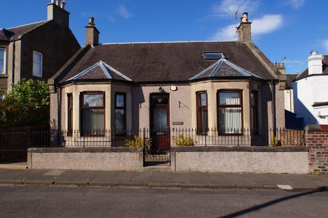 Thumbnail Detached house for sale in East Links, Leven