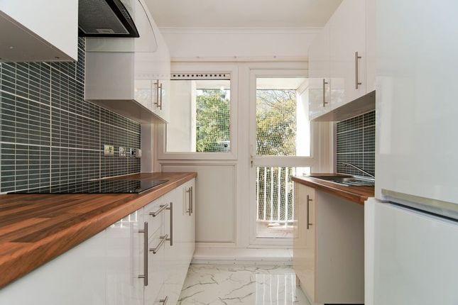 Thumbnail Flat to rent in Stoughton Close, London