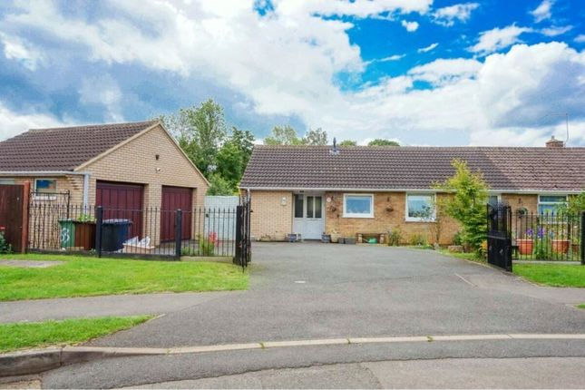 Bungalow for sale in Willow Lane, Stanion, Kettering