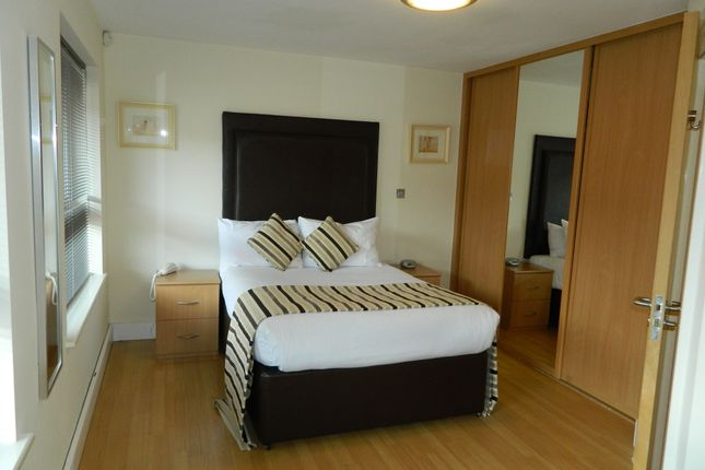 Thumbnail Flat to rent in London Street, Basingstoke