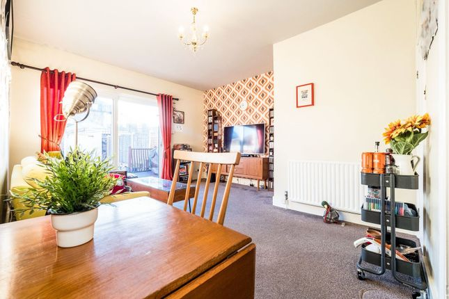 Living Room of Wellwood Road, Ilford IG3