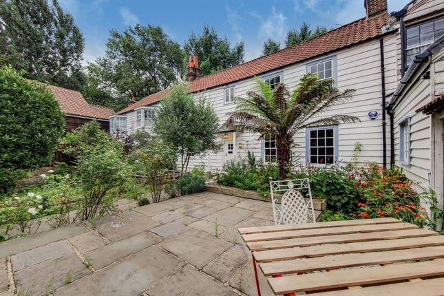 Thumbnail Terraced house to rent in London Road, Morden, Mitcham