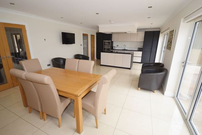 Thumbnail Detached house for sale in Bishopstone Road, Stone, Aylesbury