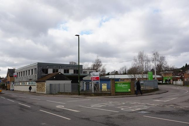Thumbnail Retail premises to let in Dundee House, Bepton Road, Midhurst, West Sussex