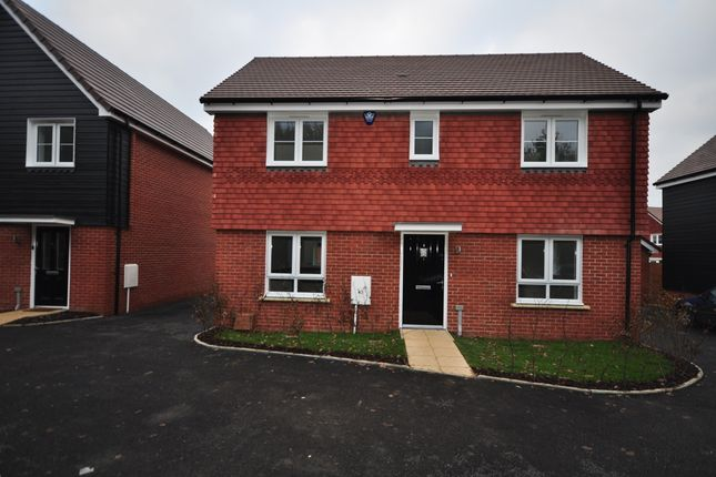 Thumbnail Detached house to rent in Hadaway Road, Maidstone