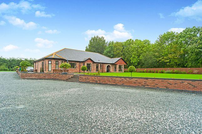 Thumbnail Bungalow for sale in Landing Lane, Gilberdyke, Brough, East Yorkshire