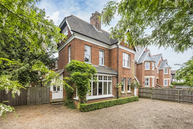 Thumbnail Property to rent in Fairfax Road, Teddington