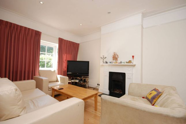 Thumbnail Property to rent in Ethelbert Road, Wimbledon