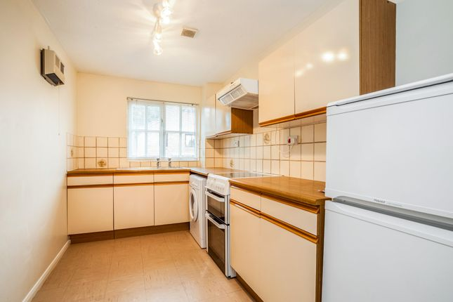 Thumbnail Property to rent in Tylersfield, Abbots Langley