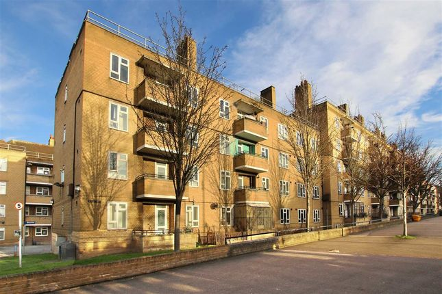 Thumbnail Flat for sale in Tulse Hill, London