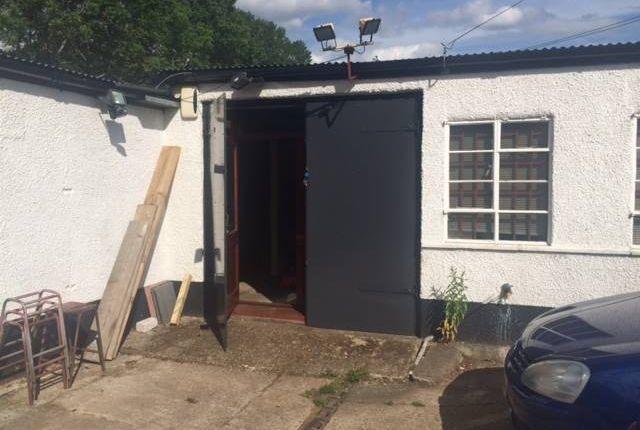 Thumbnail Light industrial to let in 3 Fullers Yard, Maidenhead