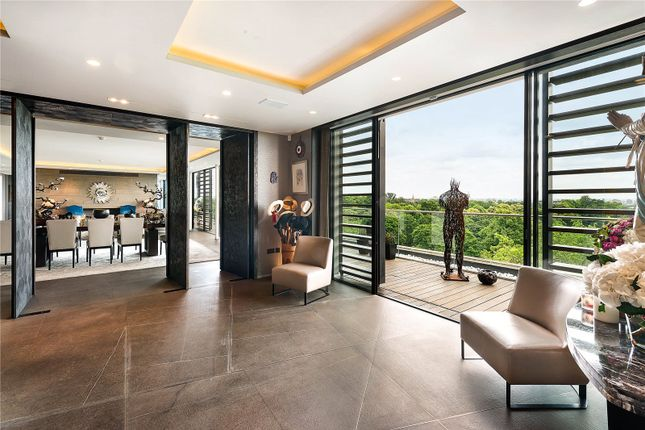 Flat for sale in Caroline House, Bayswater Road, London