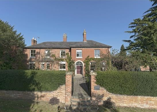 Thumbnail Detached house for sale in Church Road, Warwick, Warwickshire