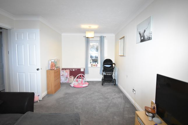 Living Room of Two Rivers Way, Newbury RG14