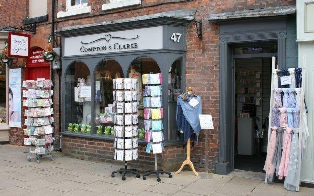 Retail premises for sale in Stratford-Upon-Avon, Warwickshire