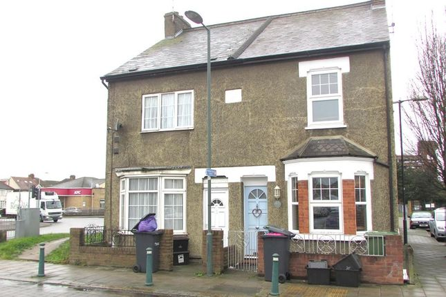 Thumbnail Semi-detached house for sale in Queens Road, Waltham Cross