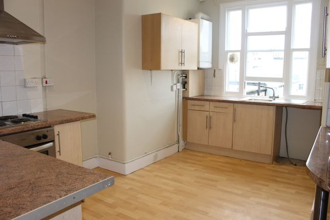 Thumbnail Flat to rent in 11 Brunswick Place, Hove