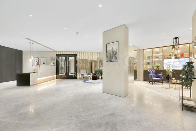 Thumbnail Flat for sale in Carrera Tower, 250 City Road, Islington
