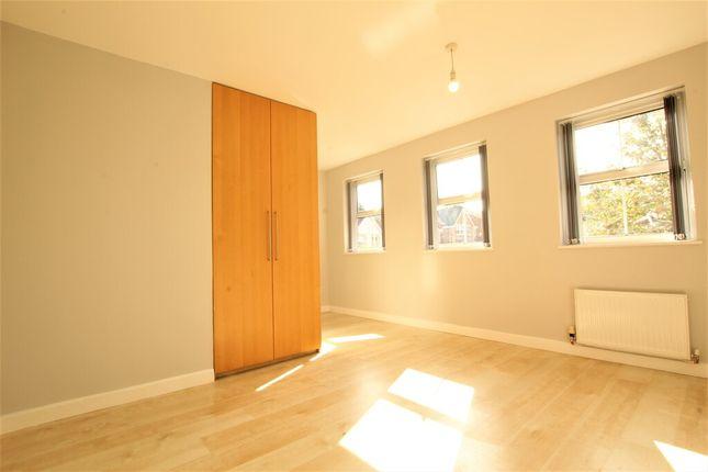 En Suite Bedroom of Scholes View, Ecclesfield, Sheffield S35