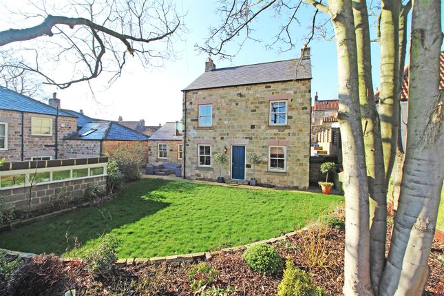 Thumbnail Detached house for sale in Hazelheads View, Scriven, Knaresborough