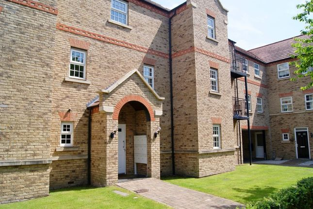 Flat to rent in Warren Lane, Witham St. Hughs, Lincoln
