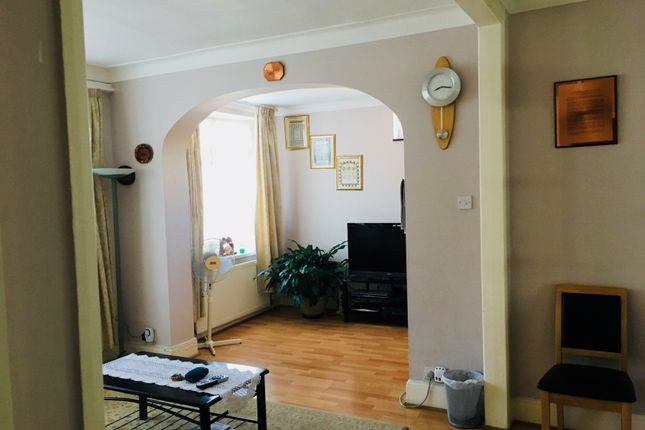 Thumbnail End terrace house to rent in Lancing Road, Ilford