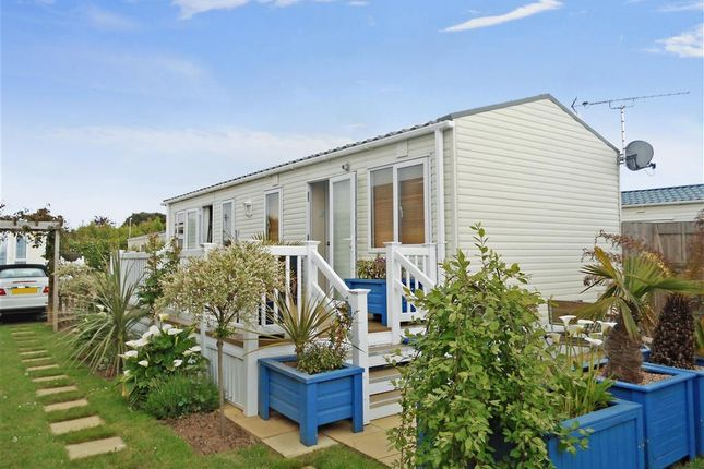 Mobile Park Home For Sale In Lebernham Grove Birchington Kent