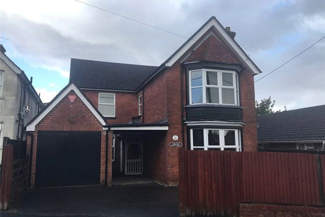 4 bed detached house to rent in Osborne Road, Andover, Hampshire SP10