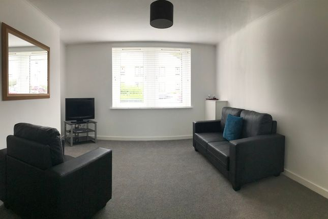 2 bed flat to rent in Back Hilton Road, Aberdeen