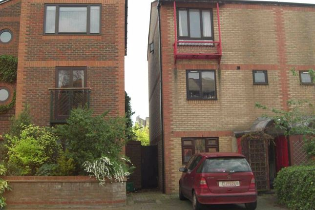 5 bed semi-detached house for sale in Caledonian Wharf, London E14