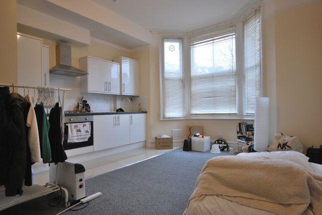 Thumbnail Studio to rent in Holmdene Avenue, London