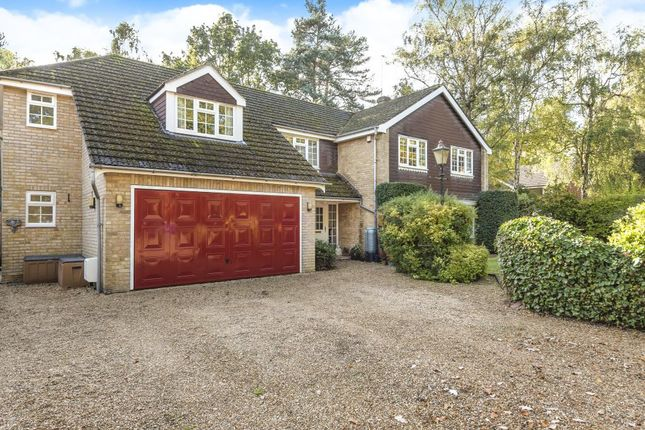 Thumbnail Detached house for sale in Crowthrone, Berkshire