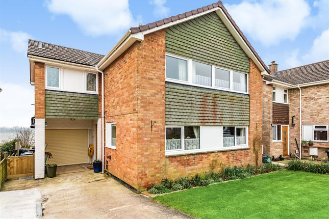 3 bed detached house for sale in Avon Road, Devizes SN10