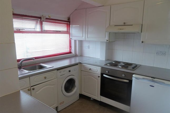 Thumbnail Maisonette to rent in Nursery Court, Llwyn Y Pia Road, Lisvane, Cardiff