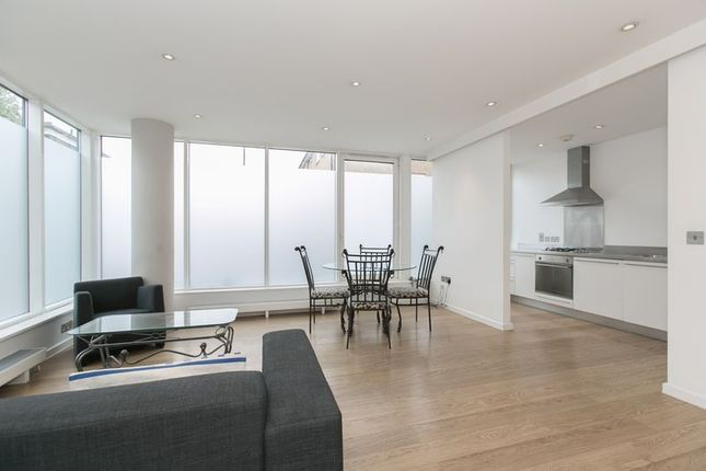 Thumbnail Flat to rent in Bacon Street, Shoreditch, London