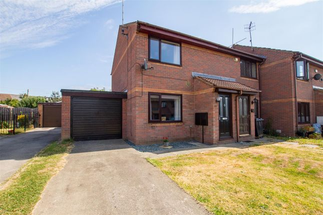 Thumbnail Town house for sale in California Drive, Catcliffe, Rotherham