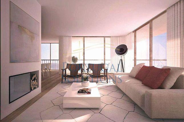 Thumbnail Apartment for sale in Largo Vitorino Damásio, Lisboa, 1200-808, Pt