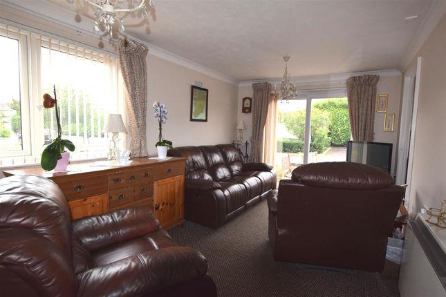 Lounge 1 of Portland Close, Chadwell Heath, Romford RM6