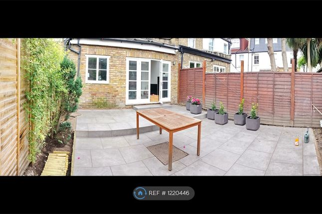 2 bed flat to rent in Delaford Street, London SW6