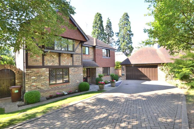 Thumbnail Property to rent in Oakwell Drive, Potters Bar, Hertfordshire