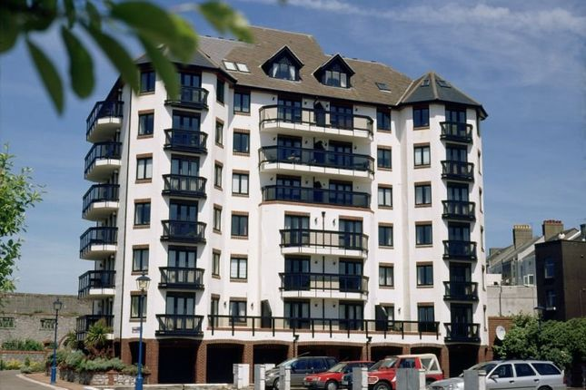 Thumbnail Flat to rent in Custom House Lane, Millbay, Plymouth