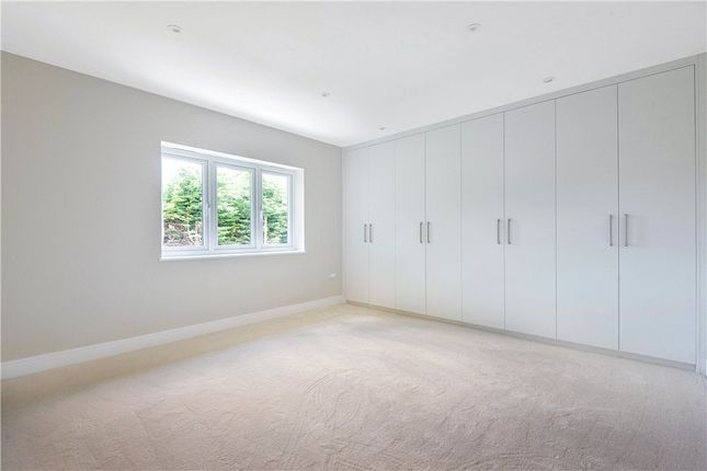 Picture No. 21 of Middleton Road, Camberley, Surrey GU15