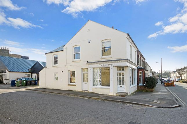 Thumbnail Property for sale in Beche Road, Cambridge