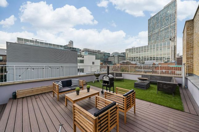 Thumbnail Flat to rent in Commercial Street, Spitalfields