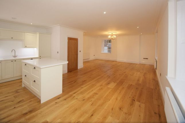 Thumbnail Flat to rent in Main Road, Cleeve, Bristol