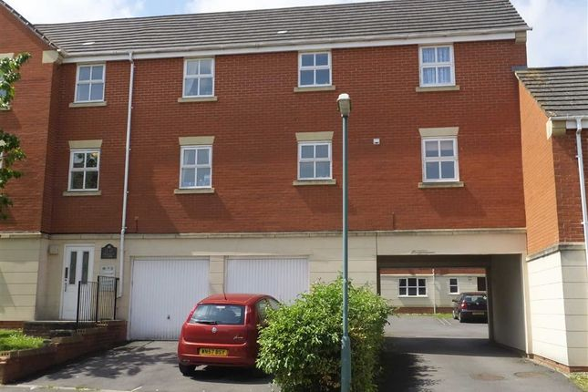 Thumbnail Flat to rent in Hallen Close, Emersons Green, Bristol