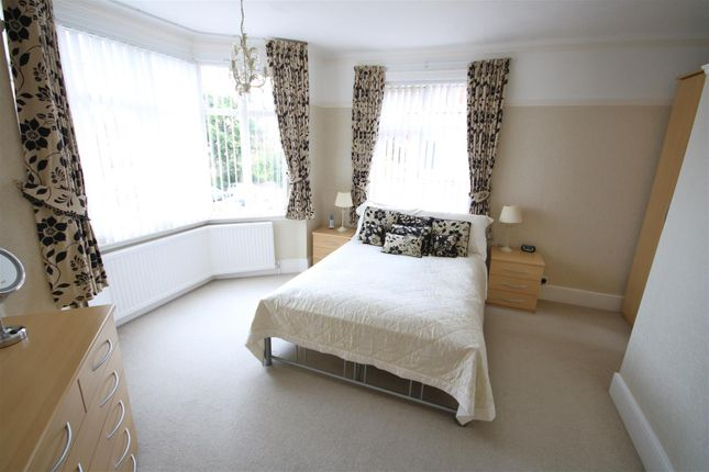Bedroom 4 of Connaught Avenue, Frinton-On-Sea CO13