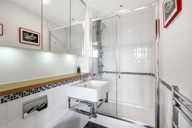 En Suite of Gedling Court, Jamaica Road, London SE1