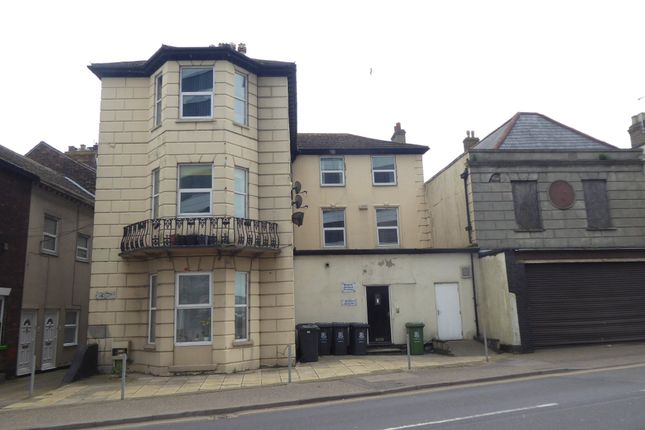 Thumbnail Flat to rent in North Quay, Great Yarmouth